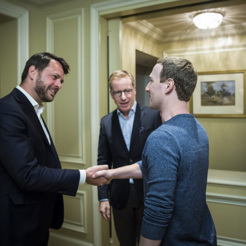 "Zuckerberg: ""We need a more active role for governments and regulators"""
