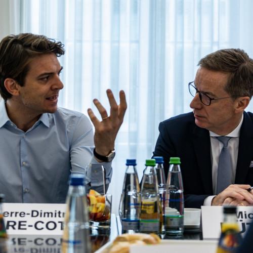 Wie sich Uber seinen Weg in Europa bahnt
