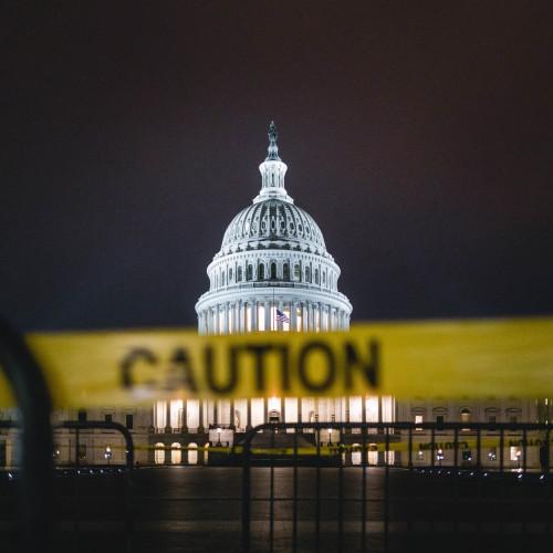 Transatlantischer Überblick über den Umgang mit der Corona-Pandemie