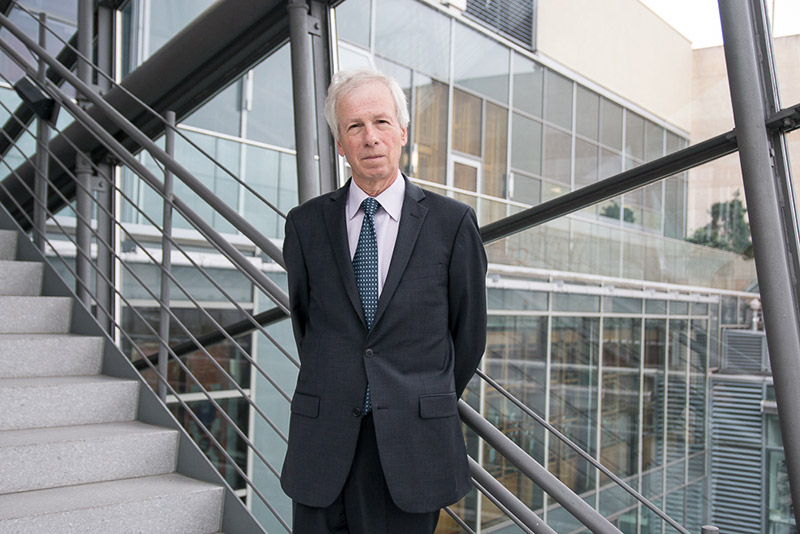 """Working shoulder to shoulder"" – Interview mit Canadian Ambassador Stéphane Dion"