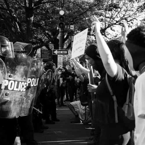 """Political Polarization in the USA – How to Bridge the Gap"""